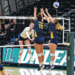 Women's Volleyball wins Charm City Classic over UMBC